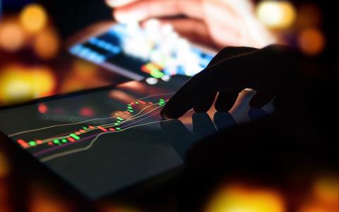 BTC止跌反弹重回8200美元,市场行情有望回暖