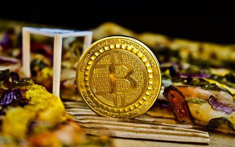 比特币:新货币形式的实验