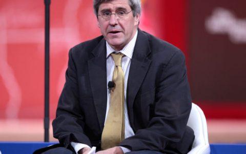 前美联储提名者,斯蒂芬摩尔支持储备部分稳定币
