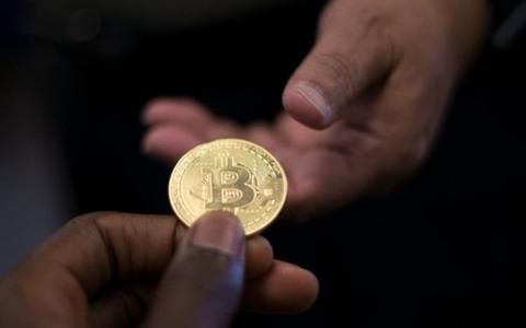 分析:比特币的价格可能受什么影响?