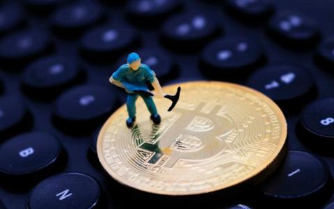 矿工逃离潮降至,比特币价格会再冲高峰吗?