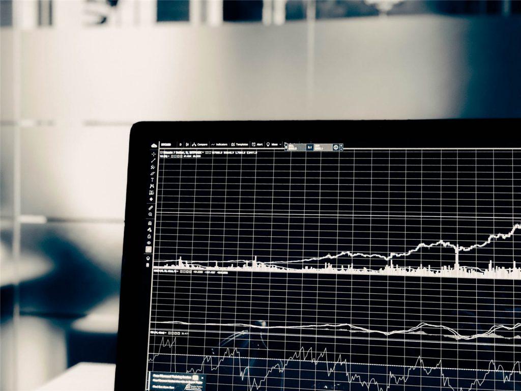 数据专家使用深度学习实时预测比特币价格