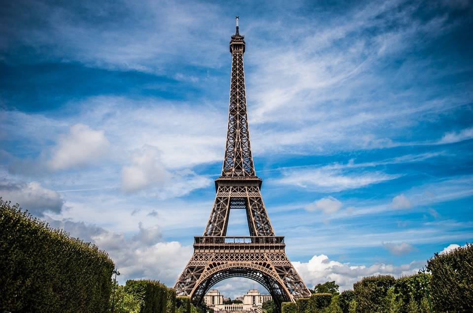 eiffel-tower-975004_960_720