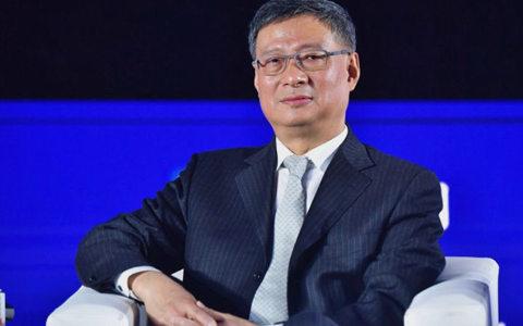 中国银行原行长李礼辉:中国或许会成为全球第一个推出法定数字货币的国家