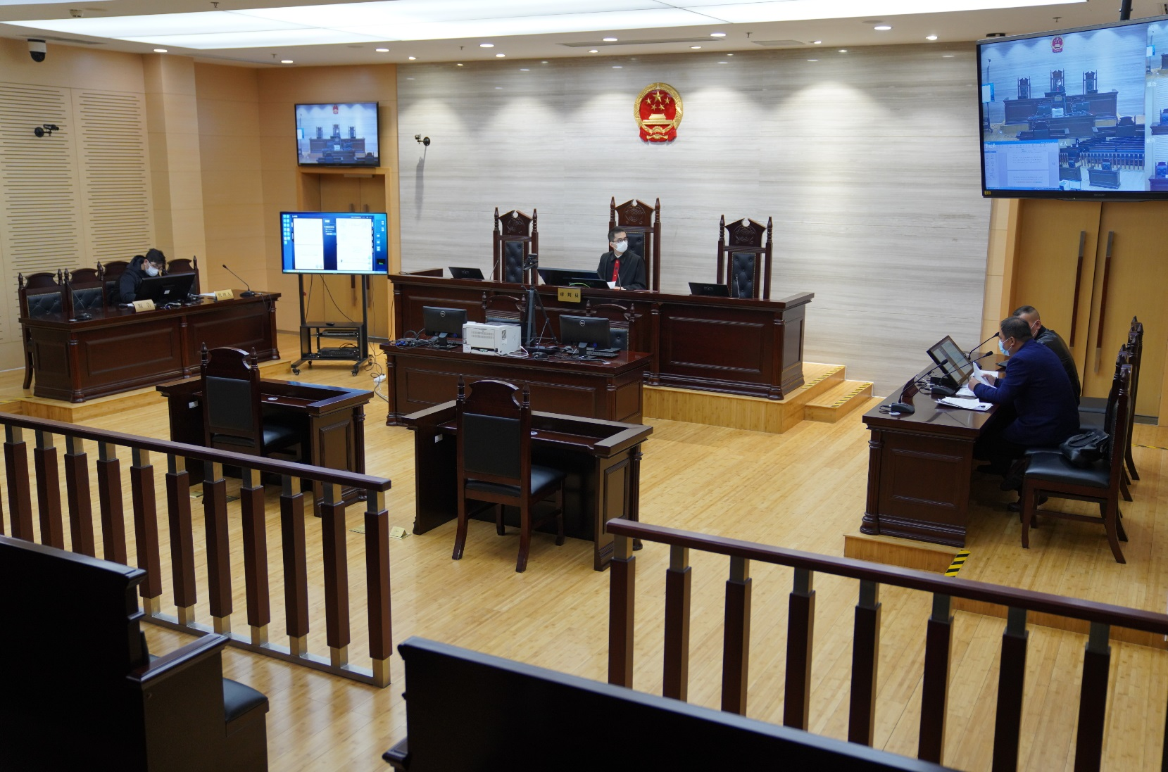 上海法院首次探索采用区块链存证技术,4月起10家法院试点庭审记录改革